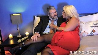 Kinky dude in pantyhose fucks bodacious woman Alura Jenson