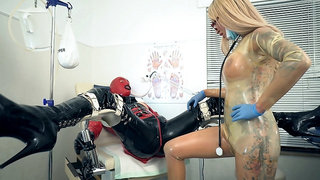 Calea Toxic - The Fetish Clinic