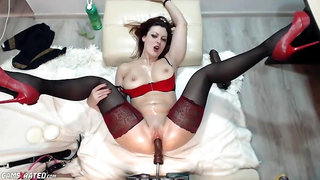 Webcam Slut On Fuck Machine