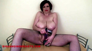 Big tits Trudi Stephens find a place for her brushes