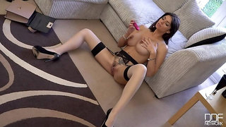 A Sensual Milf Experience - Busty Awesomeness in 4K