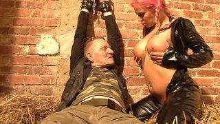 Mia enjoys her sex slave