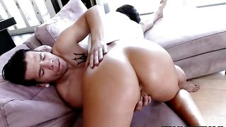 August Taylor got her big tits bouncing while riding Bambino