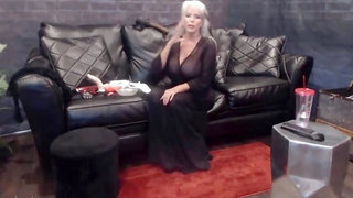 Mature smoking cockaholic with huge balloons