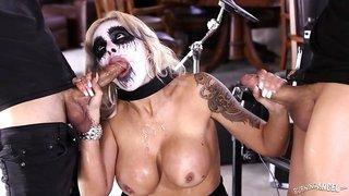 Goth Babe Loves Rockstar Cock