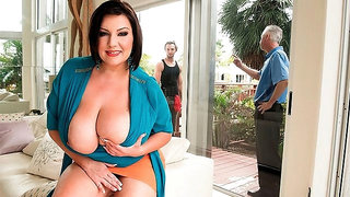 Awesome big-bottomed brunette Paige Turner impaled in the bed