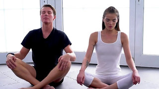 Post-yoga oral and banging for beautiful youngster Nana Garnet