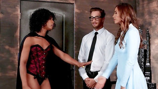 Needy women share a dick in marvelous XXX scenes