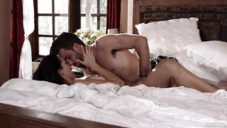Astounding nude sex in the sheets for a staggering brunette