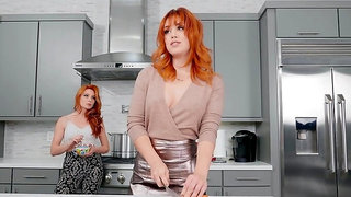 Mommy is keen for a naughty one on one in the kitchen