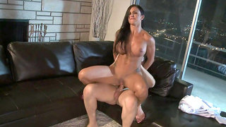 Stacked milf Jewels Jade anal adventures