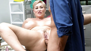 Busty mom Ryan Keely gets her ass fucked on the desk