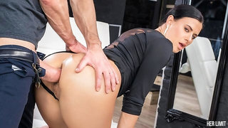 Sexy brunette gets her holes destroyed