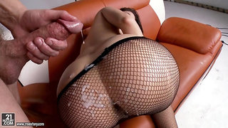 Man Milk On Big Arse In Fishnets Pantyhose - Anastasia Morna