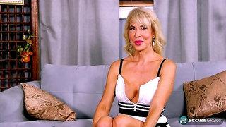 Erica Lauren, 60 and facialized