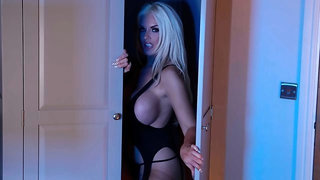 Alluring blonde with huge boobs Tommie Jo fucked by a fat penis