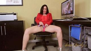 Nancy Vee is a sexy horny secretary.
