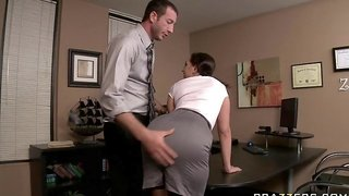 Kelly Divine Gets Fucked By Her Boss