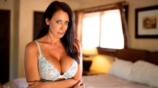 Sex session on the bed with a busty model Reagan Foxx