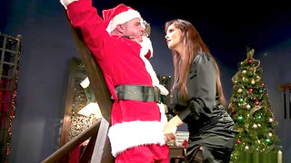Huge tits MILF femdom anal fucks Santa
