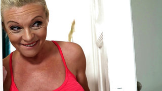 Horny GILF Franny wants young pulsating pecker