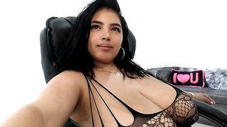 007 Isabel Rivas latina dancing on cam - big dick