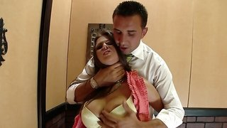 A woman gets fucked hard in the elevator by a horny dude