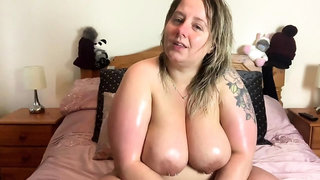 Fat Slut Ex Girlfriend loves to masturbate and swallow cum