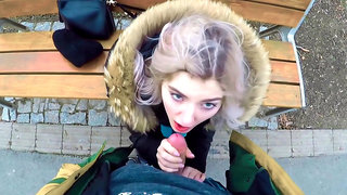 Teen nympho Eva Elfie sucking big boner on the park bench