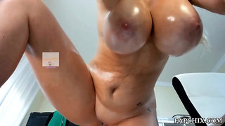 Big Tits Mature Plays And Squirts - Homemade