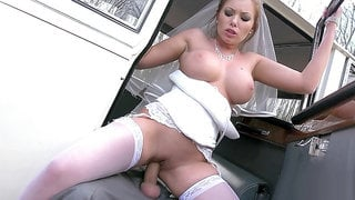 Horny bride Donna Bell gets her cunt slammed by a limo driver