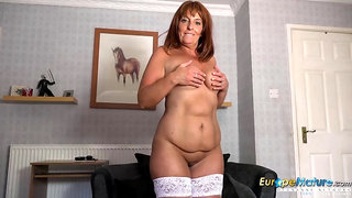 Extremely seductive horny solo mature self play and toys masturbation