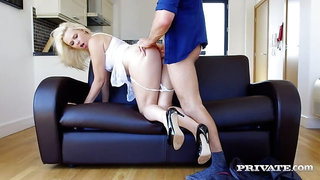 Housewife Anna Joy Gets Destroyed By a Big Dick