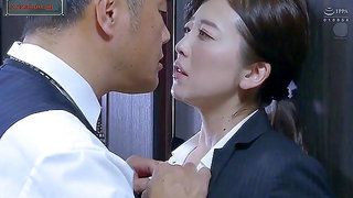 Married Executive AssFucked By Her Boss