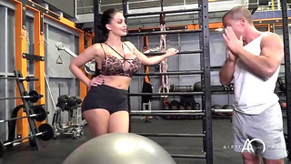 Crossfit workout in gym with plastic Hungarian pornstar Aletta Ocean