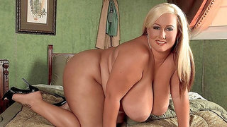 Stunning busty blonde Rose Valentina plays with her pussy