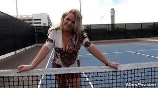 Horny mom squirts her pussy juice on tennis court