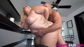 Large tits big bootie plumper beauty
