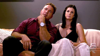 Watching Porn With Cougar MILF India Summer - pornstar with natural tits