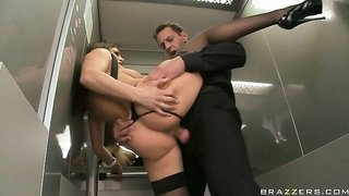 Naughty slut with a perfect body takes a cock in an elevator