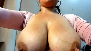 amateur raiiny flashing boobs on live webcam