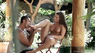 Outdoors penetration for sexy Athina and her shaved cunt