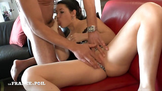 La France A Poil - First Casting Couch Of Horny Camille