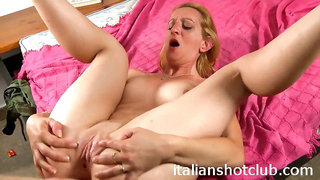 Thin milf pounded in an the bootie