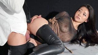 Dark haired sweetie enjoys rough fucking in HD