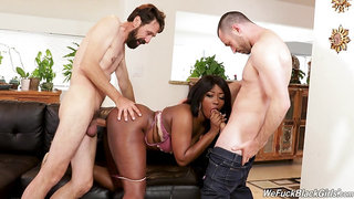 Hot ebony tries her first DP play with two white males