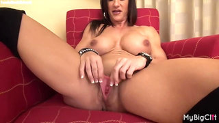 Big boobs naked bodybuilder woman plays with her big clit