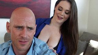 All natural Tessa Lane pounces on a bald porn legend