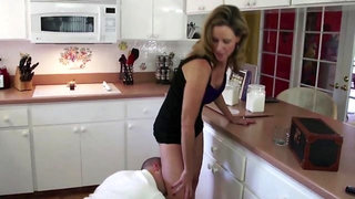 Insatiable MILF easily seduced her hot young neighbor into hot banging