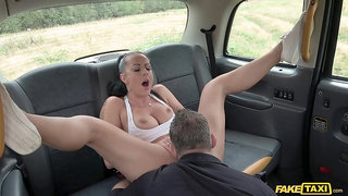 Daring doll Texas Patti gets dicked outside on a car hood